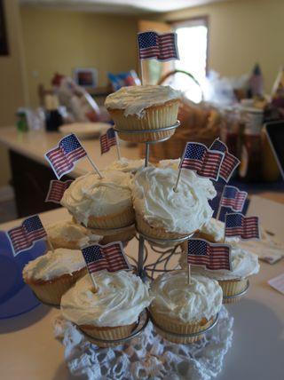 Memorial cupcakes