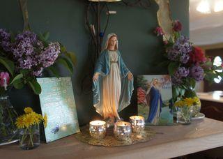 May altar 1