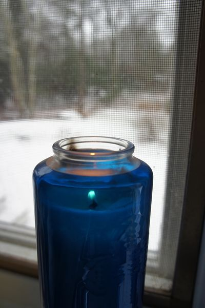 Advent peace blue candle