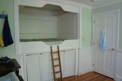 O bedroom 36