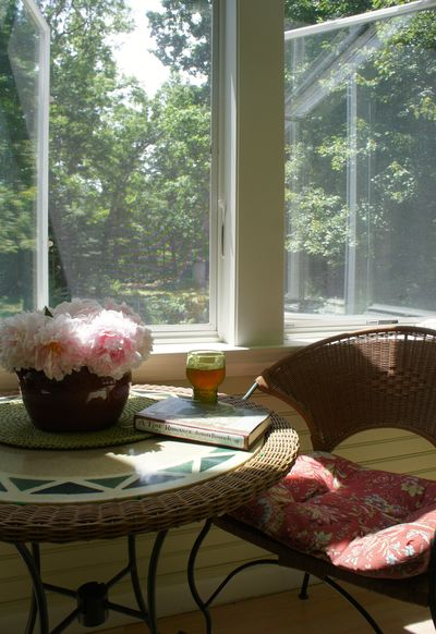 Sunny tea spot
