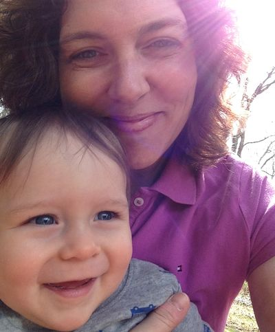 O and mama selfie swinging