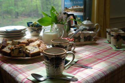 Moms tea 7