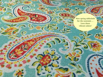 Tablecloth with blurb