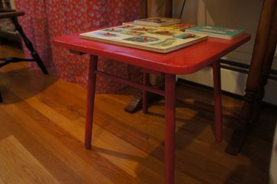 Red tables 4