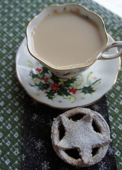 Advent tea peace 15