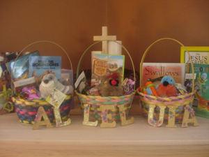 Easter22
