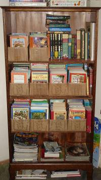 Corner_bookcase